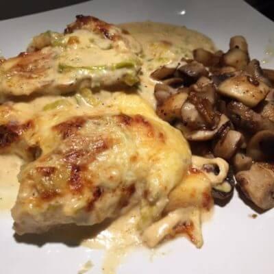 Hähnchen in Käsesoße